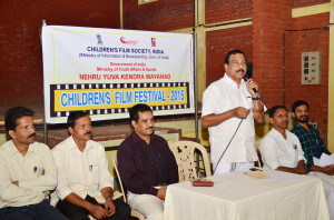 Shri. N.K. Rasheed, President of District Panchayath, Wayanad inaugurating Children Film Fest at SKMJ High School Wayanad on 5-02-2015